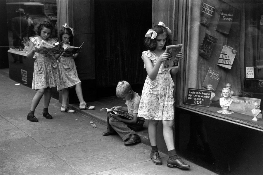 "Ruth Orkin, ""Comic Book Readers,"" New York City c.1947"