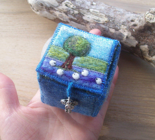 blue tweed needle felt box (by *Aileen Clarke Crafts*)