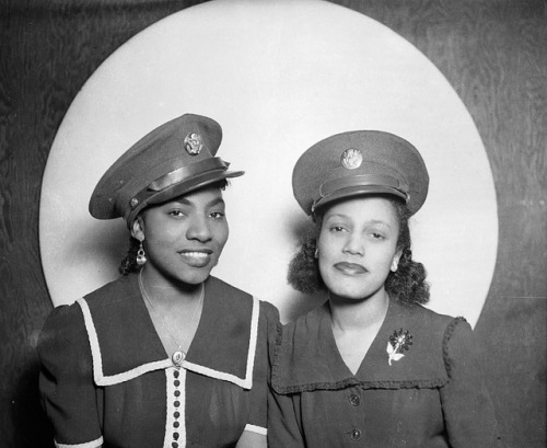 Playing Dress Up | c. 1942-45 on Flickr.Two African American women wearing U. S. Army caps, posed in front of circular background. Photo Credit: Teenie Harris Archive 1920-1970 © Carnegie Museum of Art, Pittsburgh, PA Follow Black History Album on Twitter @blackhistoryalb