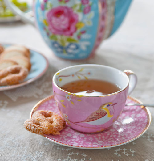 lovely, vintage-inspired porcelain tea cup by PiP Studio.