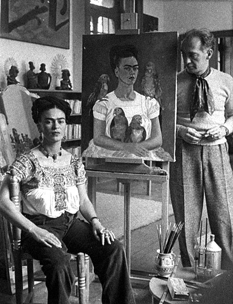 artistandstudio:  Frida Kahlo, c. 1942         George Eastman House photography collection