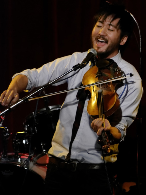 Kishi Bashi last night at Off Broadway, St. Louis. (photo credit Laine Marschik)