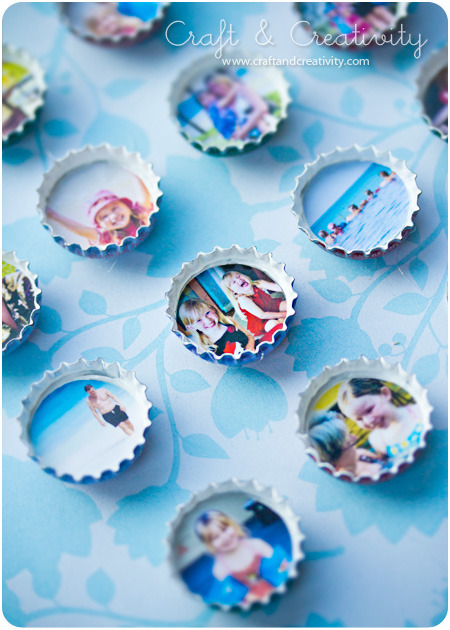 holly-go-brightly:  How to turn bottle tops into tiny photo magnets: http://craftandcreativity.com/blog/2012/01/12/kapsyler/