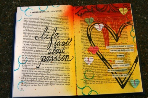 artjournaling:  (via Tattered Angels)