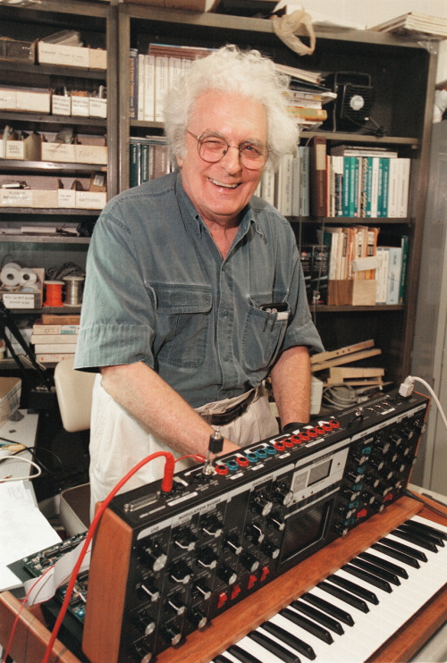 facelesscope:  rudypalos:  Have you accepted Bob Moog as your personal lord and savior?  Praise him.  Amen, my brothers.