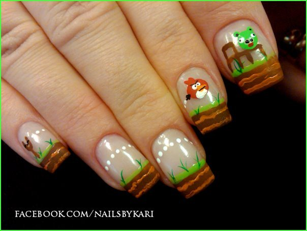 peecheekeen-beauty:  angry birds nails!