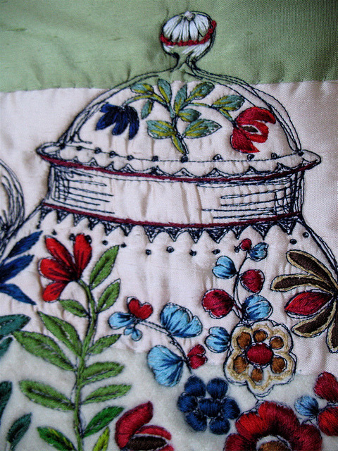 Chinese Teapot Shoulder Bag, June 2010, detail by Tara Badcock on Flickr.#beautiful #embroidery
