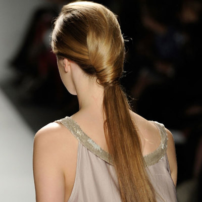 """The Wrapped Ponytail"" from Sun Jung Wan - Spring 2012 Runway"