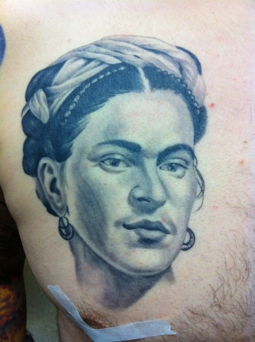 Frida Kahlo portrait healed, Rich Marafioti, 2012. Family Tattoo, Chicago. www.richmarafioti.com