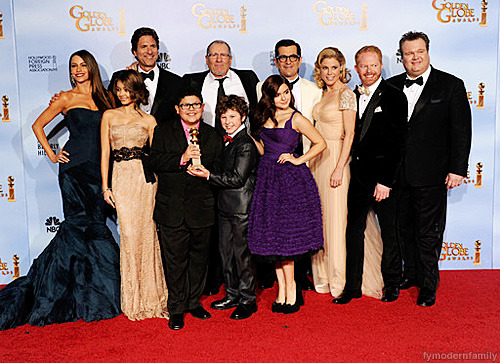 THE CAST OF 'MODERN FAMILY' + PRODUCER, STEVEN LEVITAN.