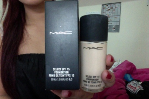 MAC FOUNDATION Water-based liquid foundation. Combines medium coverage with SPF 15. Provides a fresh, natural matte finish. Layers up, lasts long: helps protect the skin all day. Non-oily Best way to baby your skin! Colour: NC15 (Check on site)Condition: Brand new in box, never usedRRP: $49Selling for: $35 > $30 ($25 if purchased with another item or picked up)