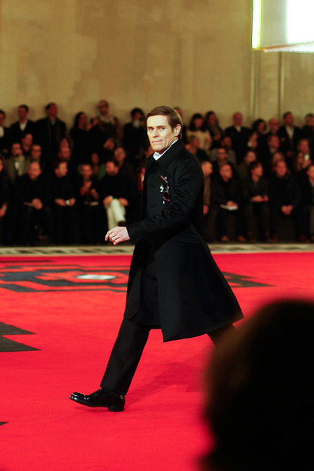 blinding beauty parades prada. calivintage:  willem dafoe walking the prada fall 2012 runway by all the pretty birds.