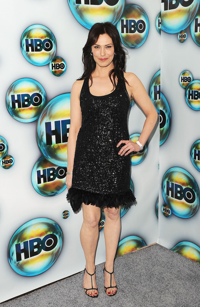 Michelle Forbes at the HBO Post Golden Globes party last night MARYANN/ADMIRAL CAIN/ENSIGN RO!  Baddest bitch in heels right here.