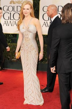 Nicole Kidman in Versace • 2012 Golden Globes (Red Carpet)
