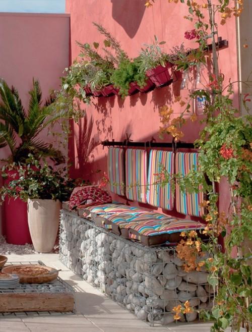 rózsaszínű ház