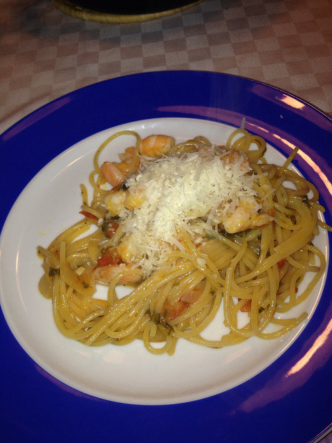 Spaghetti with shrimps on Flickr.Via Flickr: Thank you Theo, for the recipe!