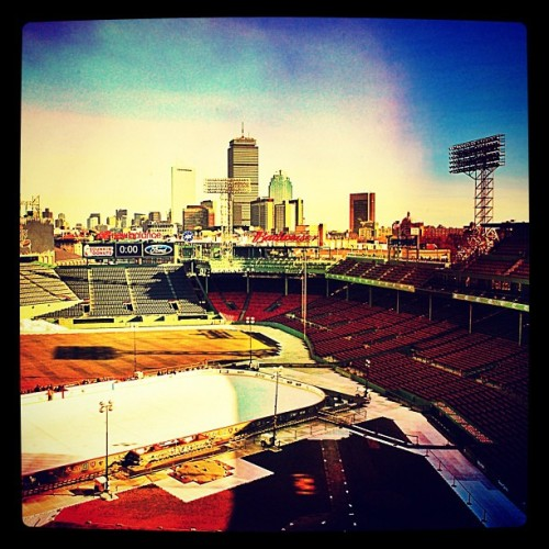 #baseball #boston #redsox #sox #bostonredsox #fenwaypark #fenway #iphoneography #ink361 #iPhone #iphone4 #photooftheday #instagram #iphonephotography #iphonesia #pru #prudential #skyline #city #frozenfenway (Taken with Instagram at Fenway Park)