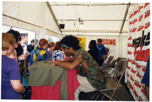 1999 | Handling PR for The Pharcyde Signing tent at Reading Festival, train into Paddington and a trip to Westwood on Radio 1