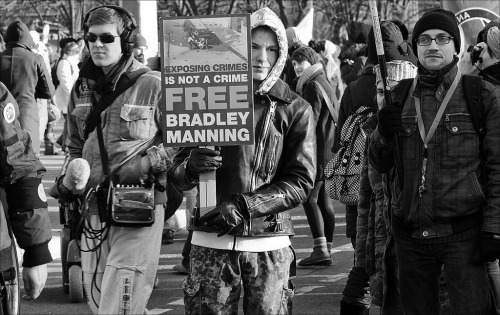 Exposing Crimes Is Not A Crime!!! FREE BRADLEY MANNING!!!   demonstration …united for global change berlin, 15th january 2012
