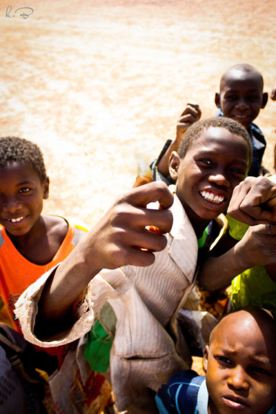 Thumbs up! African's nonverbal for everything Niger 2012
