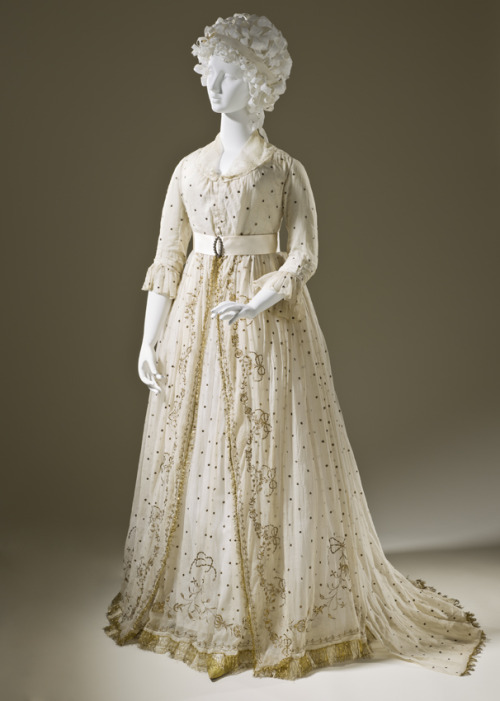 Dress, ca 1795 England, LACMA