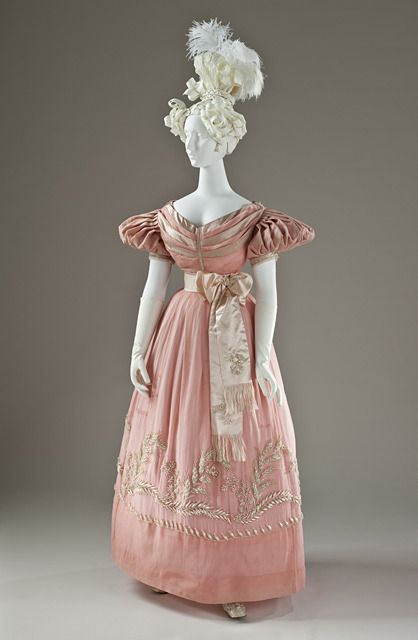 Evening dress, ca 1830 England, LACMA