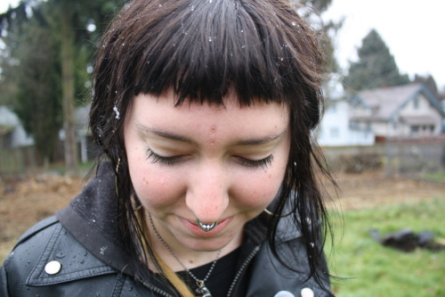exfriendsforever:  snow flurries all up in my hair