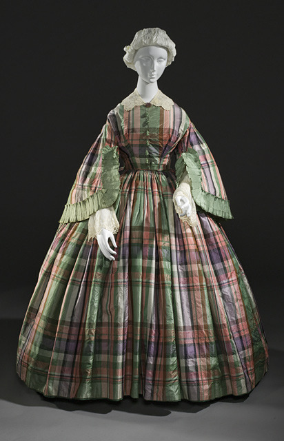 Day dress, ca 1855 France, LACMA