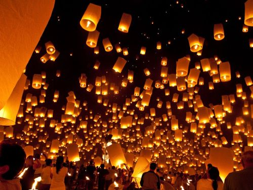 nationalgeographicdaily:  Floating Lanterns, ThailandPhoto: Patrice Carlton I had planned a recent trip to Thailand in November to coincide with the Loy Krathong celebration because I had seen pictures of the floating lanterns being launched into the sky. However, nothing I had seen prepared me for the incredible magic of experienceing thousands of these lanterns floating into the night sky at once while monks chanted at the Lanna Meditation Center in Chiang Mai. It was one of the most amazing experiences I have ever had.