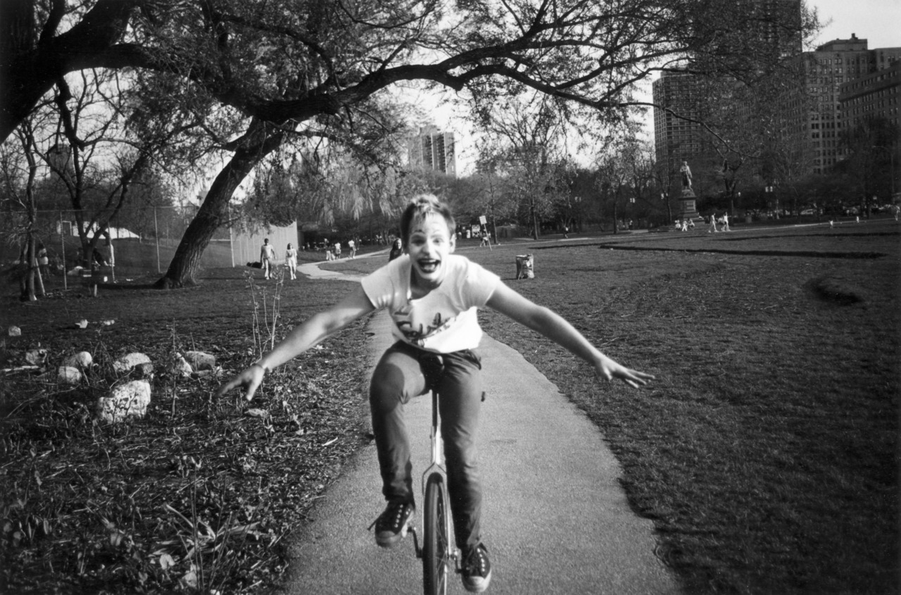 Unicyclist - Streetlight Theatre - 1987 , Lincoln Park, Chicago, IL