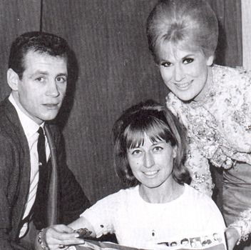 Dusty Springfield with Doug Reese (of Dusty's 1960s' backing band The Echoes) & Pat Rhodes