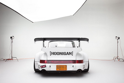 carpr0n:  Do you think I'm joking? Starring: Porsche 911 (by Scott  Dukes)