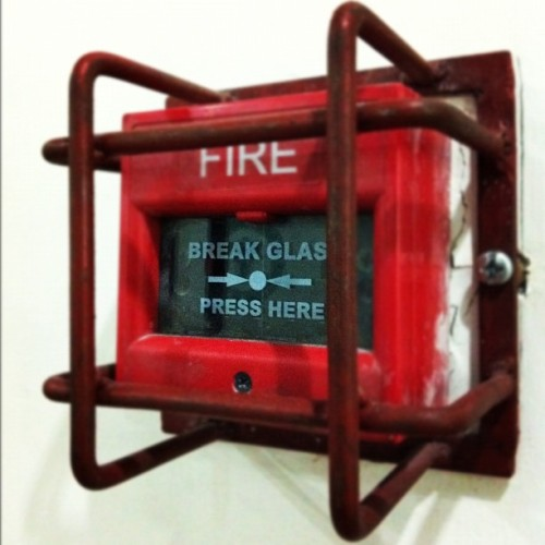Day 104: Break glass Press here. #red #lomofi  #tuesday #medical #iphoneonly  (Taken with Instagram at Eskinits)