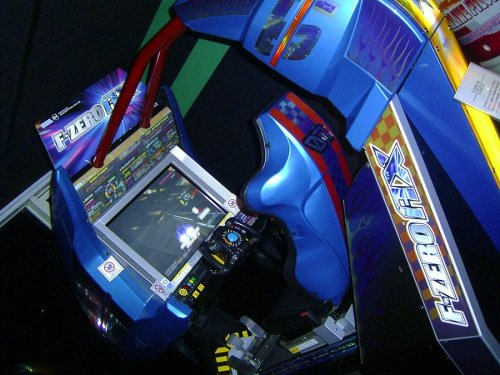 tcshaw:  HOLY CRAP AN F ZERO AX ARCADE MACHINE. SOMEBODY PLEASE BUY THIS AND LET ME COME ROUND