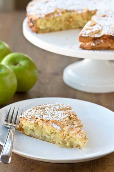 Apple Sharlotka by Julie Rideout on Flickr.A traditional Russian dessert
