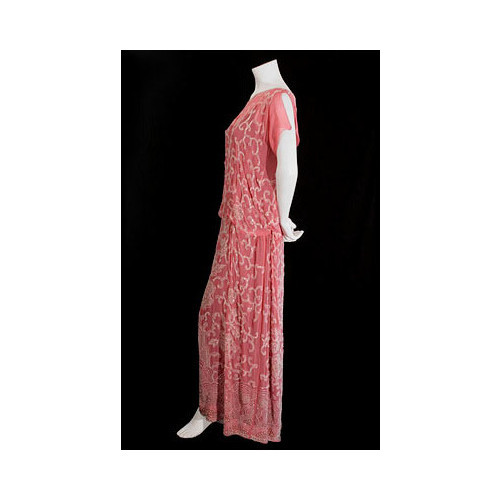 Gallery of 1920s vintage clothing at Vintage Textile   (clipped to polyvore.com)