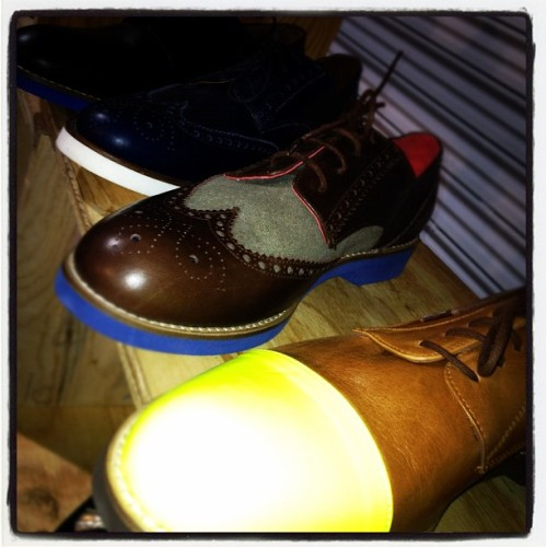 oncewheniwas:  @deltoroshoes has a new shoe game, neon cap toes #capsuleny  (Taken with instagram)
