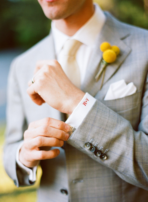 Groom monogrammed cuff! I love this idea!