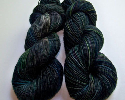 (via Hand Painted 2Ply Superwash BFL and Nylon by SeeJayneKnitYarns)