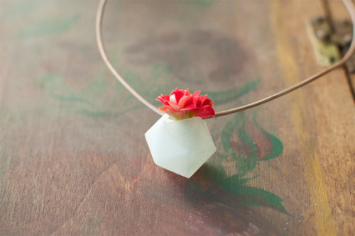 A portable planter you can wear around your neck and take with you wherever you go.