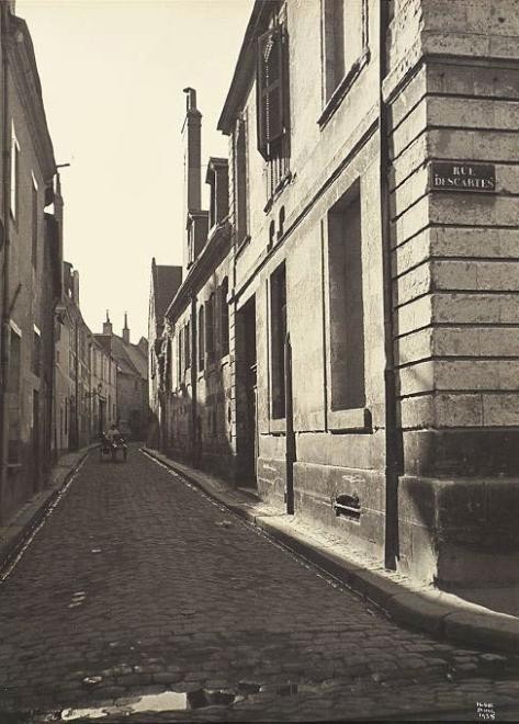 Rue Descartes, Tours, 1935 by Ilse Bing