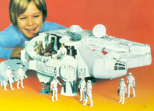 ratherchildish:  There's happy.  And then there's Star Wars happy.  (Kenner, 1980)