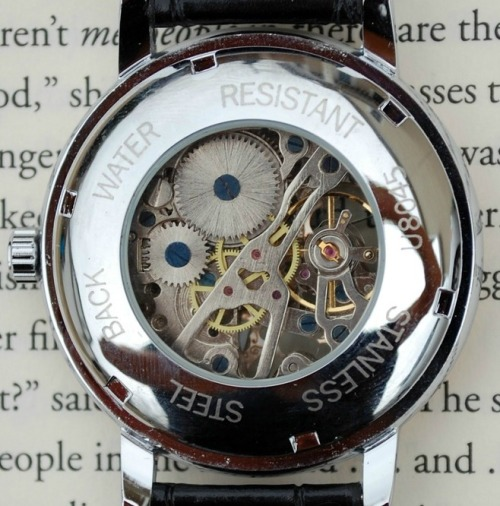 death-by-lulz:  BACK IN STOCK: Silver and Rose Wind-Up Wrist Watch. These flew off the shelves last time, so hurry and order now! On sale for just a few hours — the lowest price you'll ever get on this item! Order now and use coupon code '1000NOTES' to get an EXTRA 10% off your ENTIRE order!