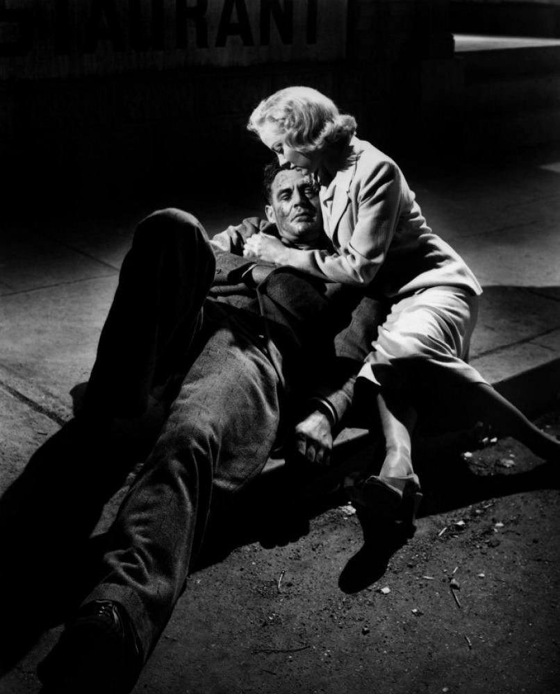 filmnoirandfemmefatales:  Robert Ryan and Audrey Totter in The Set-Up (Robert Wise, 1949)