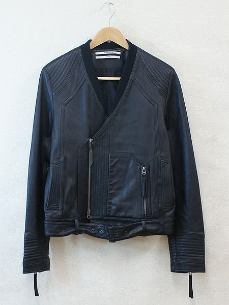 bostonroll:  Robert Geller fall 2010 Leather Jacket UNFFFFFFFFFFFF   I wear this jacket too often, I feel bad for mine.