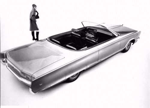 Chrysler 300X Concept (1966) Bloody hell.