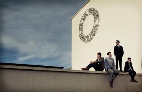 oh, hai! Are you excited for new album? Today Keane posted a lot of information on their website!!! I can't wait for it! They'll play on March 9th and told the new album is ready!