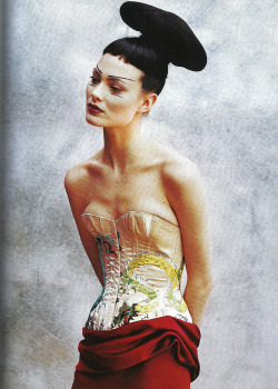 "adjectival:  ""Couture Clash"": Shalom Harlow by Peter Lindbergh for Vogue April 1997"
