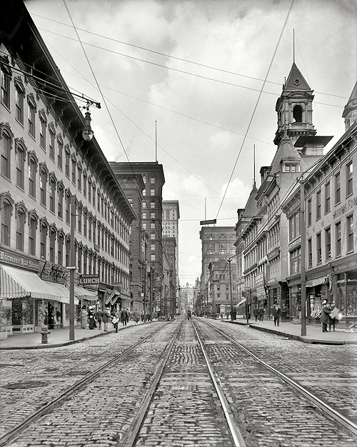 Pittsburgh, Pennsylvania, circa 1908. Smithfield Street and the Post Office.