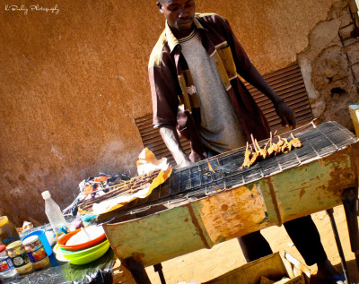 BBQ in West Africa … Street food is the business Niger 2012